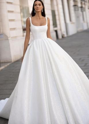 Весільна сукня, бренд millanova