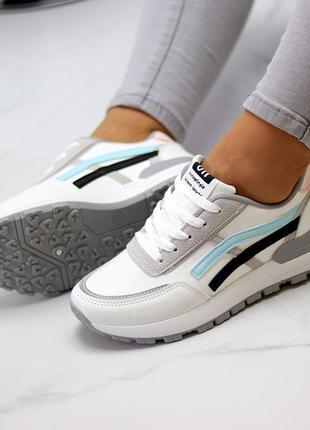 Универсальные белые повседневные женские кроссовки со светоотражающими полосами весна 20217 фото