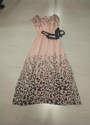 Легкое штапельное платье с разрезами и поясом