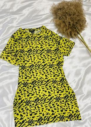 Платье-футболка с леопардовым принтом в сеточку неонового цвета primark 1+1=3