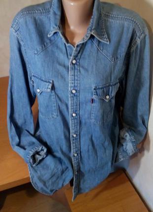 Джинсовая рубашка от levis