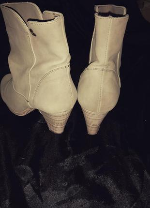 Осінні черевички з італії