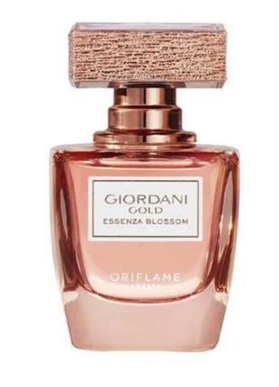 Духи giordani gold essenza blossom от oriflame