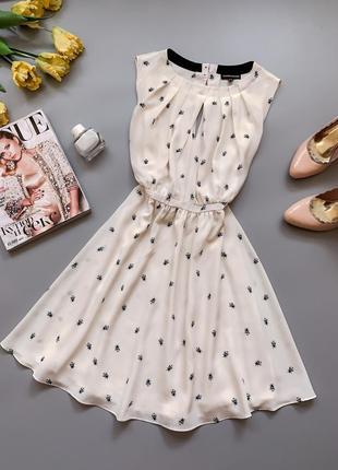 Платье в пчелах