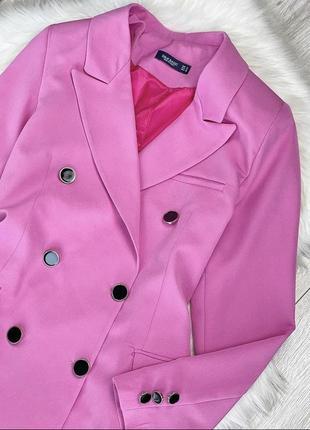 Яркий розовый пиджак жакет двубортный over size2 фото