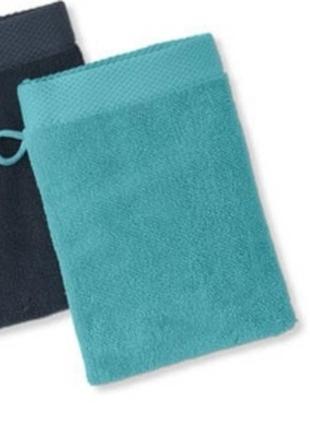 Косметическая мочалка-полотенце на руку16×21см тсм tchibo германия
