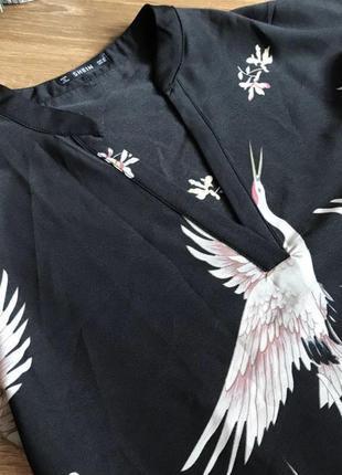 Блуза чорна принт