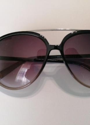 Солнцезащитные очки c&a