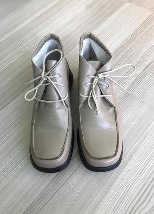 Ботинки с квадратным носком натуральная кожа