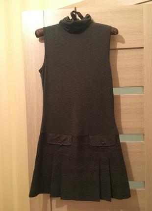 Стильное платье castro
