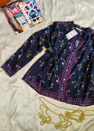 Блуза рубашка в цветочный принт в этностиле
