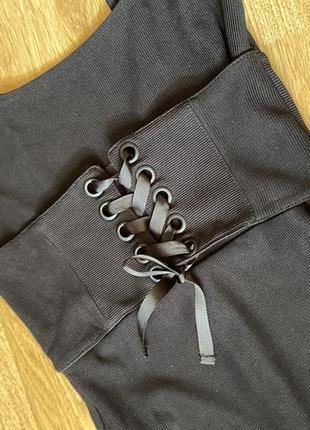 Платье чёрное с корсетом под грудь (в обтяжку, миди)2 фото