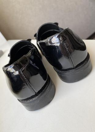 Туфли лоферы из натуральной лаковой кожи2 фото