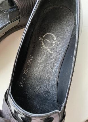 Туфли лоферы из натуральной лаковой кожи3 фото