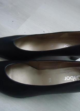 Фирменные туфли