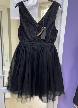 Святкова,надзвичайно якісна,сучасна сукня від maison scotch