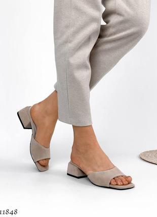 Стильные шлепанцы на каблуке, натуральная замша4 фото
