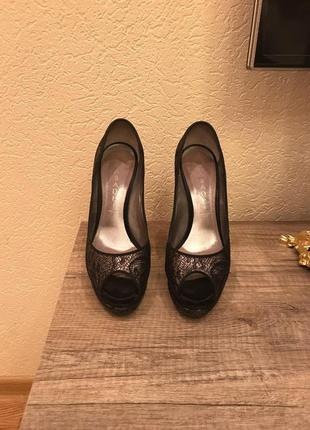 Брендовые туфли (оригинал)1 фото