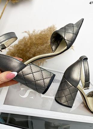 Рр 36-40. кожаные стеганые босоножки3 фото