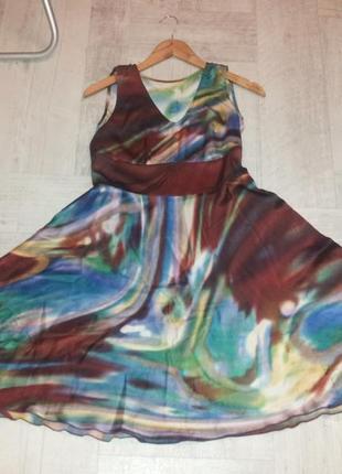 Шелковое платья