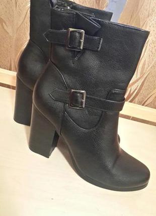 Отличные ботиночки т.taccardi