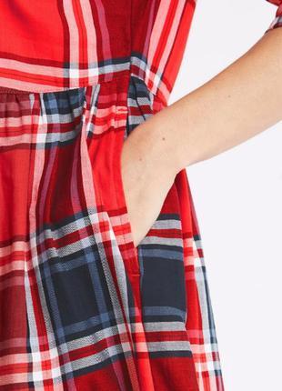 Червоне котонове плаття міді в клітинку10 фото