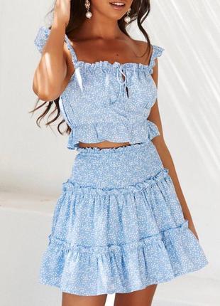 Летние костюмы в нежно-голубом цвете 🤩 топ на завязках, юбка на резинке. костюм