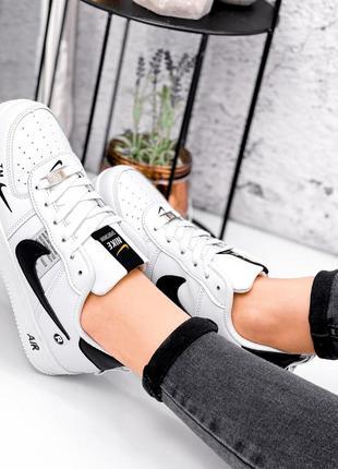 Женские кроссовки nike air force белые + черный