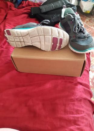 Skechers фирменниє кросовки оригинал из шотландии.2 фото