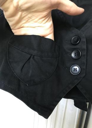 Короткий жилет джинс с декольте2 фото
