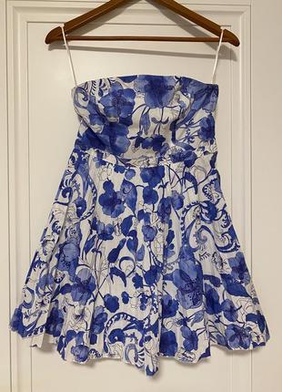 Платье в стиле d&g