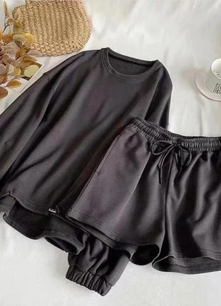 Костюм женский с шортами2 фото