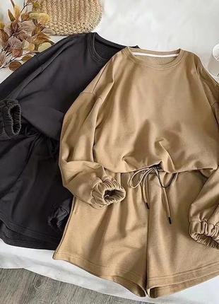 Костюм женский с шортами1 фото