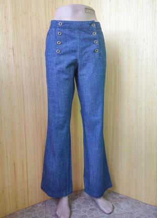 Женственные джинсы на пуговицах h&m