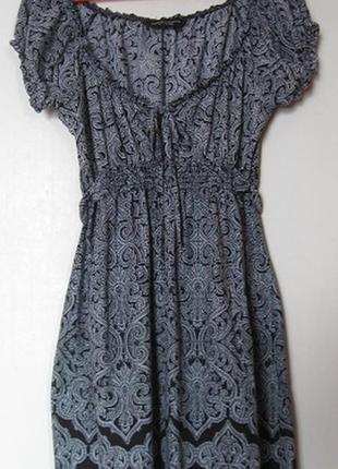 Платье хб летнее черно-белое с большим декольте2 фото
