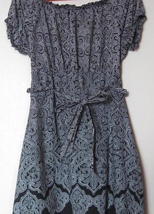 Платье хб летнее черно-белое с большим декольте6 фото