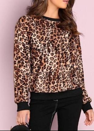 Стильный леопардовый свитшот