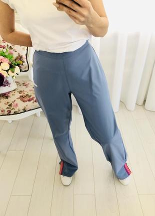 Adidas голубые спортивные штаны ровного кроя