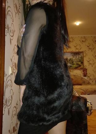 Меховая жилетка2 фото