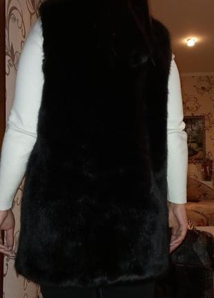 Меховая жилетка6 фото