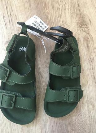 Крутейшие фирменные сандалии босоножки
