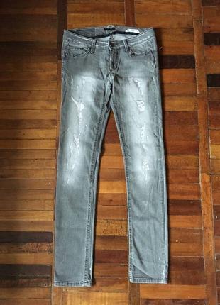 Женские джинсы sisley
