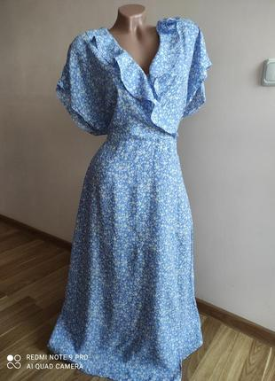 Нежное вискозное платье с рюшей