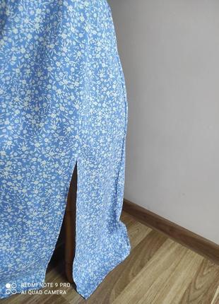 Нежное вискозное платье с рюшей3 фото