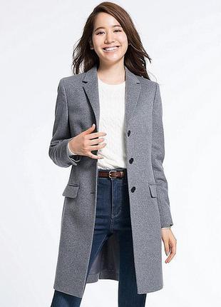 Серое кашемировое пальто uniqlo