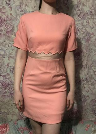 Платье missguided xs