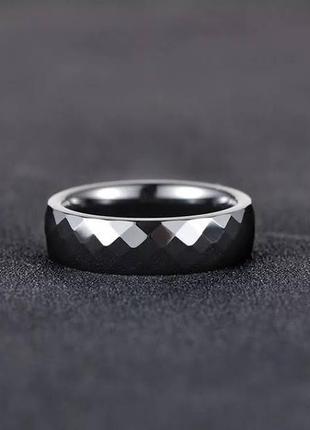 """Кольцо из черной ювелирной керамики """"грани""""2 фото"""