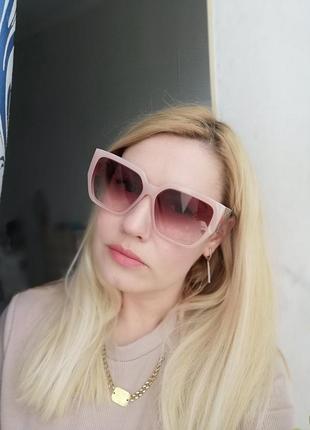 Эксклюзивные брендовые солнцезащитные женские нюдовые розовые очки