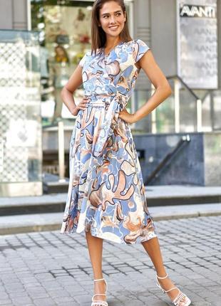 Летнее платье с юбкой миди