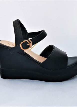 Женские сандалии босоножки на танкетке платформа черные летние